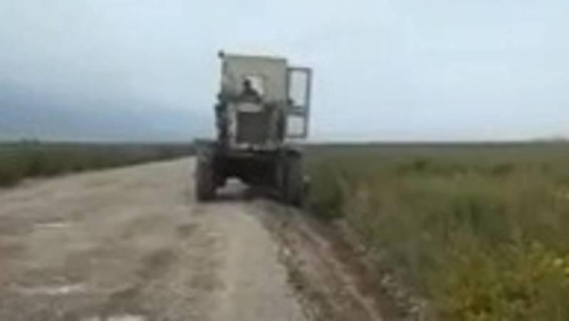 Житель Ат-Башинского района жалуется на состояние дороги. Видео
