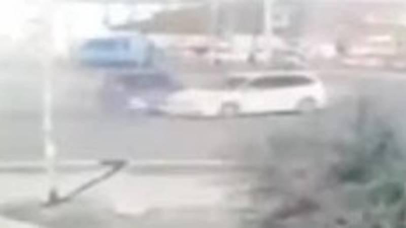 Момент ДТП на Южной магистрали попал на видео