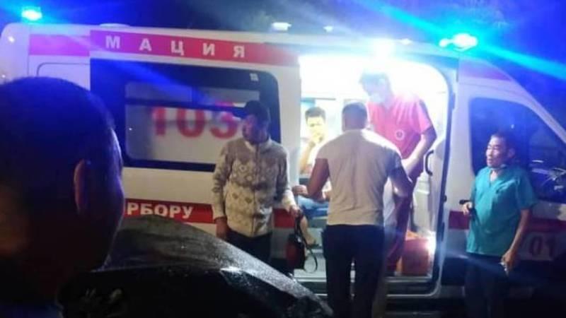 ДТП на Орозбекова-Щербакова, есть пострадавшие. Видео с места аварии