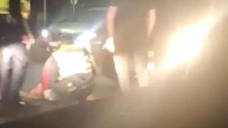 На проспекте Айтматова сбили девушку. Видео