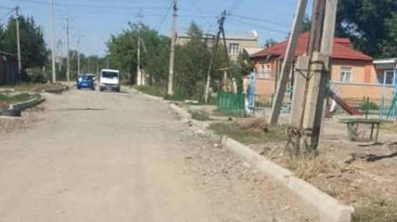 На ул.Мусы Джалила уже 2 года не могут закончить ремонт, - бишкекчанин