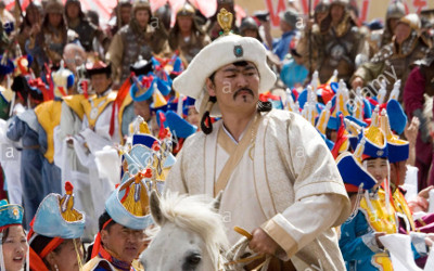 chinggis-khaan-genghis-khan-himself-is-back-taking-part-in-opening-FR3362