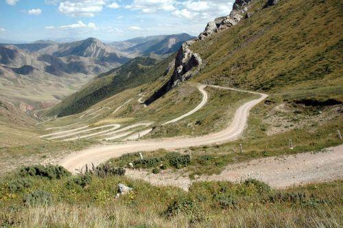 41 Перевал, 32 серпантина в устье озера Сон-Куль, Каратал-Жапырыкский заповедник
