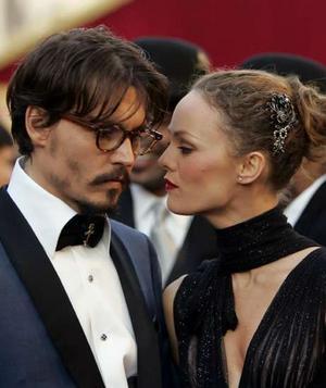 Johnny-Depp-and-Vanessa-Paradis-1