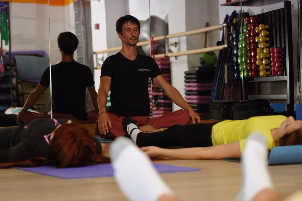 Йога в астрахани цены