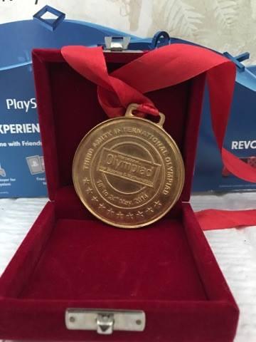 Золотая медаль по физике. Олимпиада в Индии