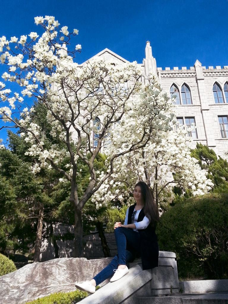 Где-то рядом с кампусом в Сеуле