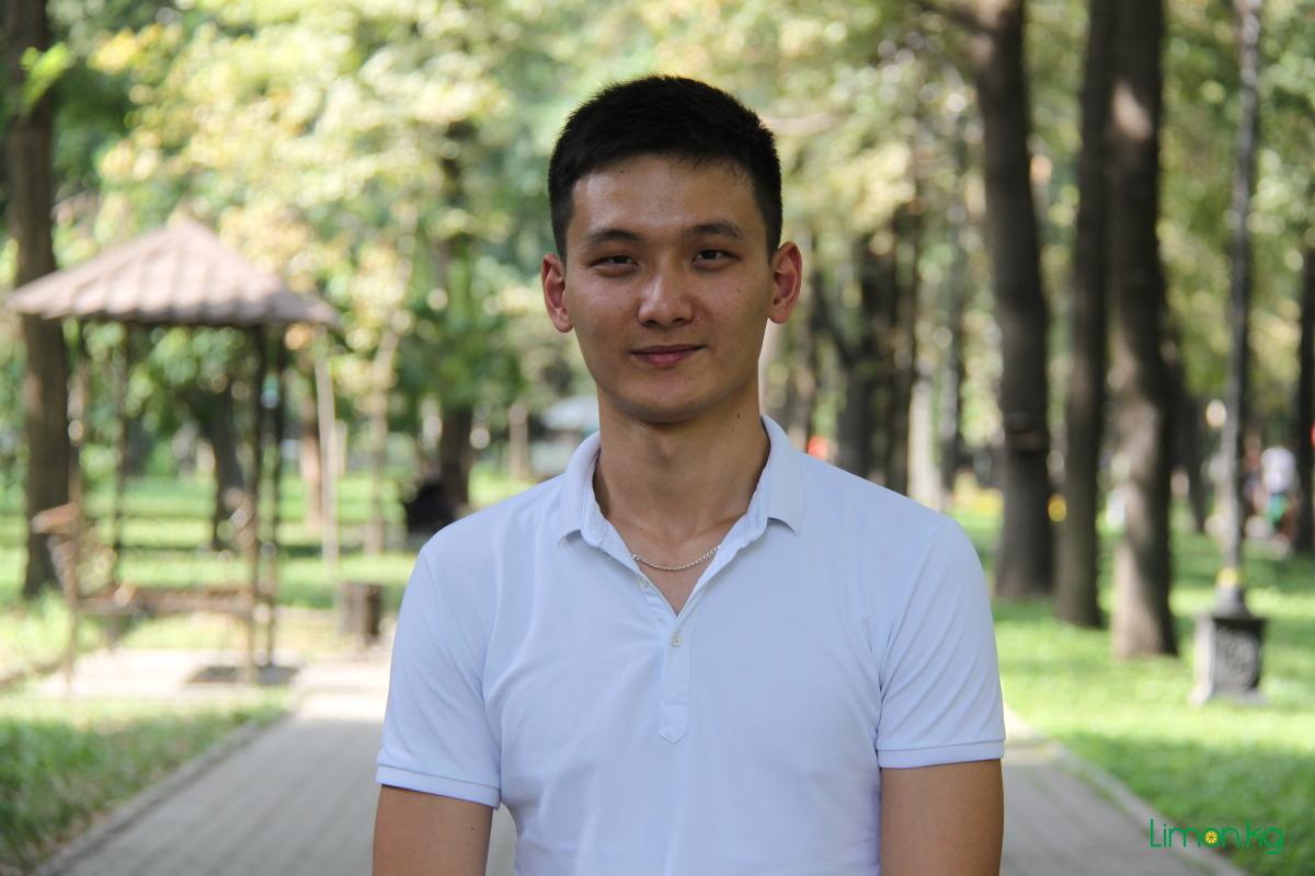 Фархад Мусазов, 21 год, студент, танцор