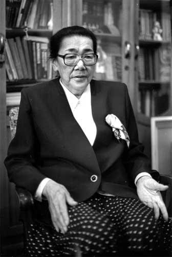 Личность Кыргызстана: Легендарная жизнь сильной женщины Кулийпы ...