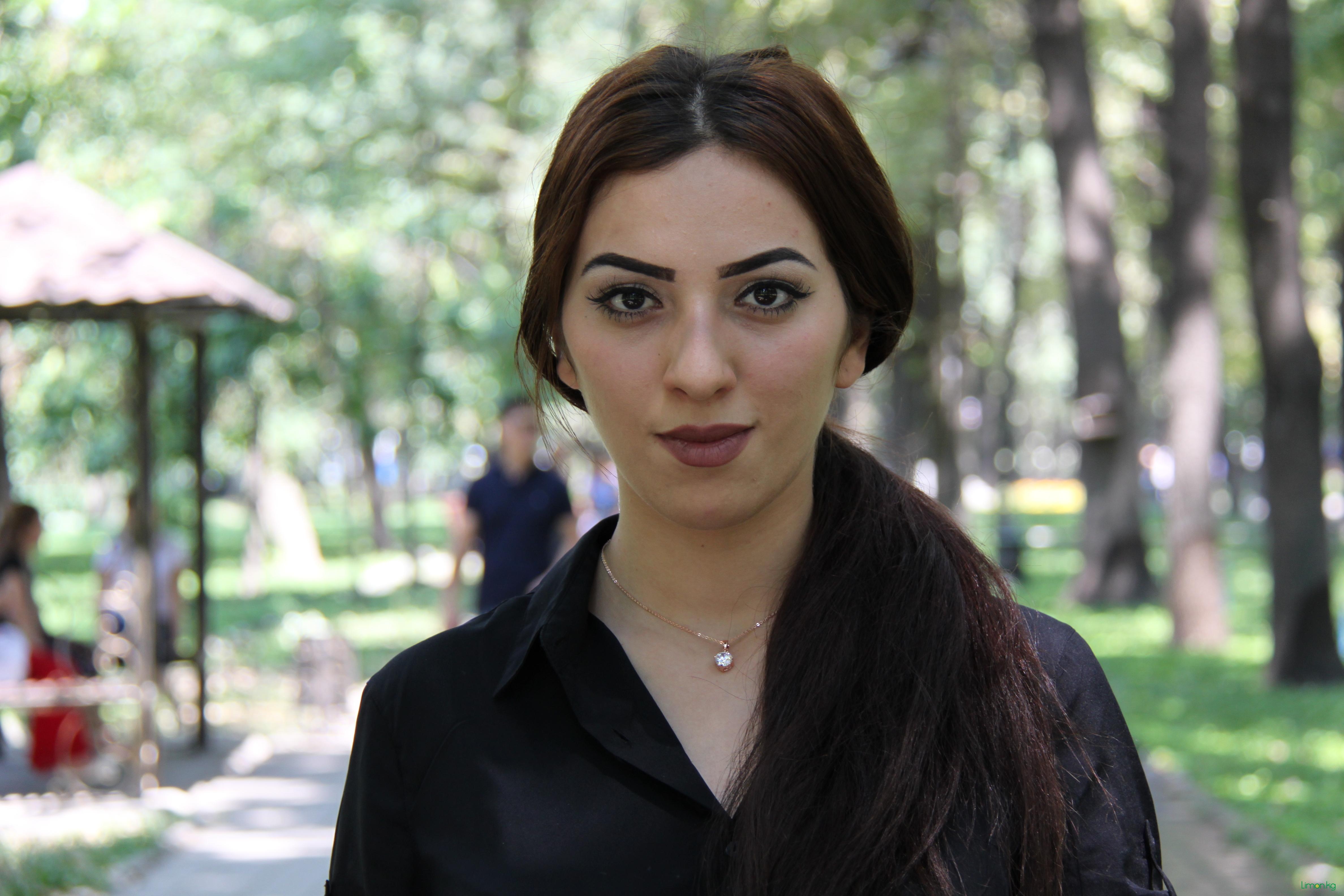 Касанова Гюнел, 19 лет, работает в сфере продаж