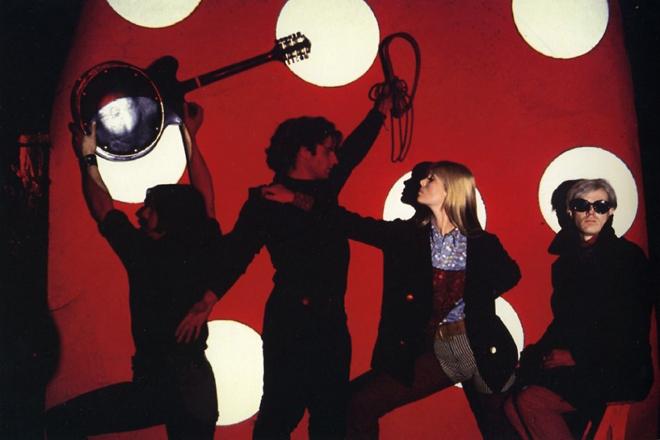 The_Velvet_Underground_Nico___Warhol_950x633