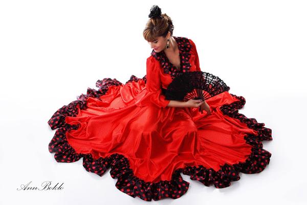 Испанский костюм женский