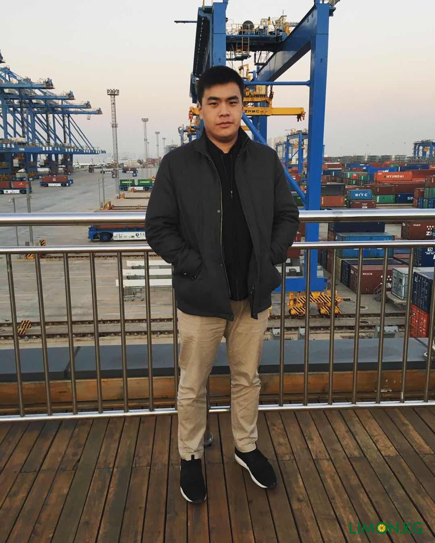 Морской Порт в городе Чин дао