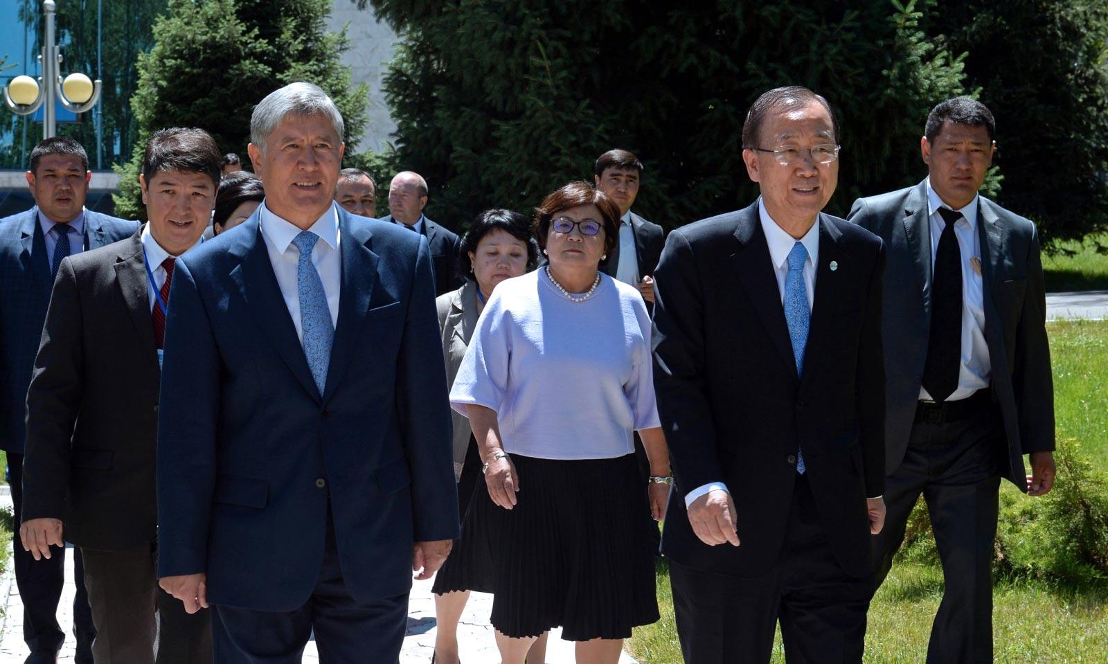 Алмазбек Атамбаев и Пан Ги Мун