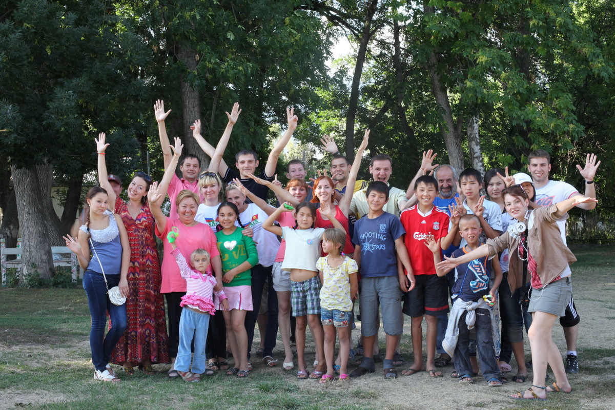 Воспитанники детских домов в Кыргызстане