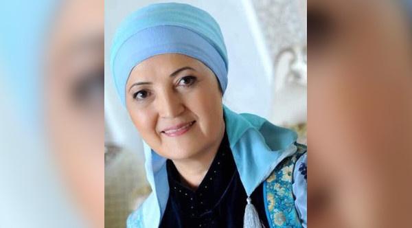 Роза Султанова
