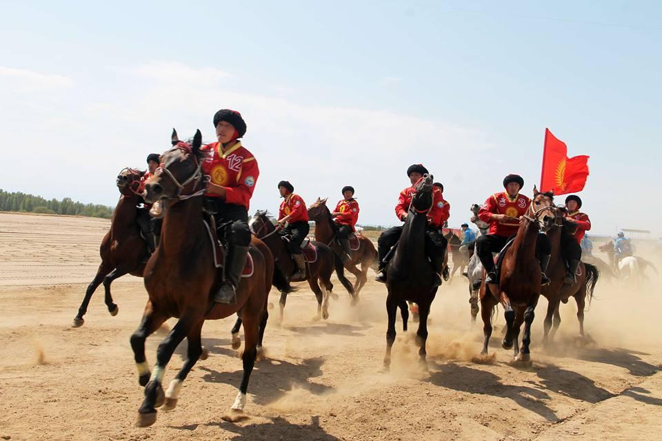 фото кыргыз жигиттери