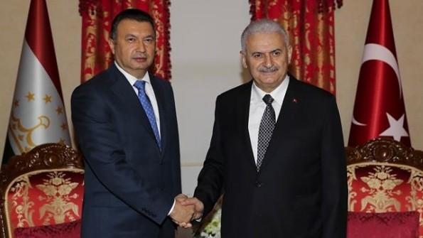 Таджикистан и Турция договорились нарастить взаимный товарооборот до $1 млрд.