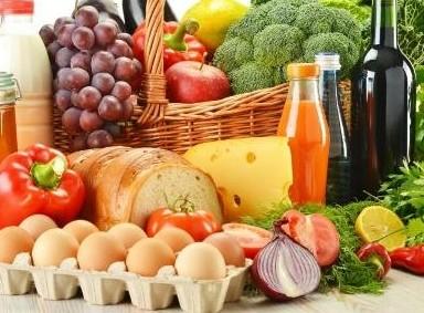 Парламент принял поправки в госбюджет для сдерживания цен на продовольствие в Душанбе
