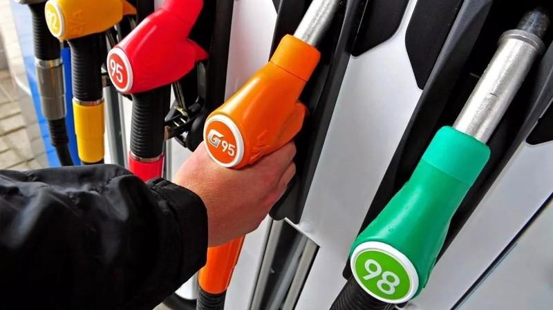 Рынок ГСМ: На некоторых АЗС дизтопливо подорожало 0,1-1,5 сома (цены)