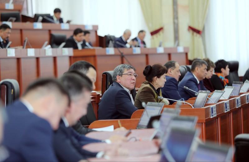Депутат попросил довести до конца модернизацию оставшихся блоков на ТЭЦ Бишкека