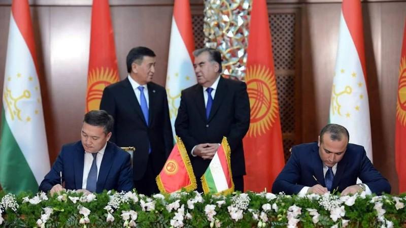 Кыргызстан и Таджикистан подписали соглашение о сотрудничестве в борьбе с экономическими и финансовыми преступлениями