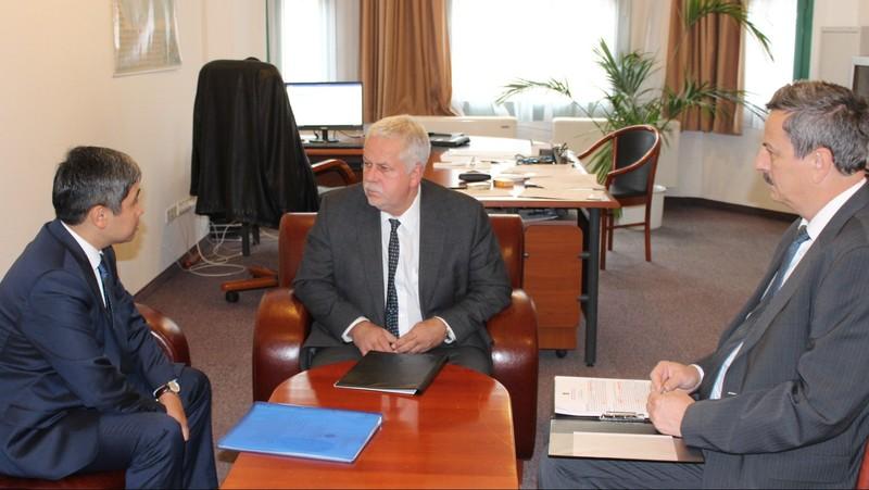 Венгерские бизнесмены планируют инвестировать в Кыргызстан 34 млн евро, - МИД