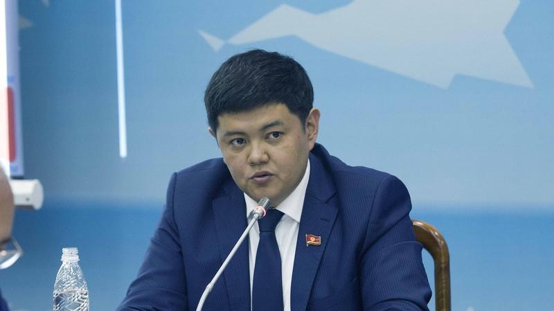 Депутат: Из $386 млн на ТЭЦ Бишкека $12 млн идет на перемещение сотрудников с одного места на другое