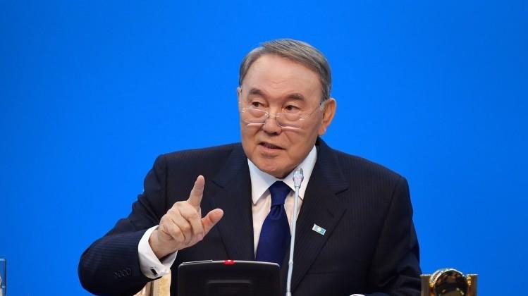 Назарбаев поручил наказывать акционеров банков за вывод денег в угоду аффилированных компаний и лиц, как за тяжкое преступление