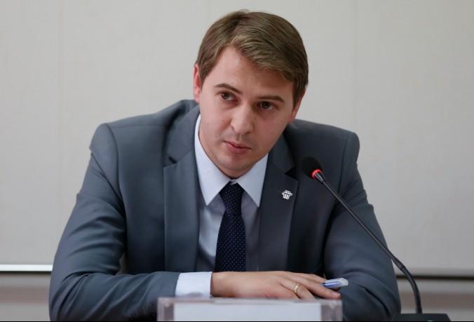 Онлайн-конференция Tazabek: Задайте вопрос министру экономики Артему Новикову
