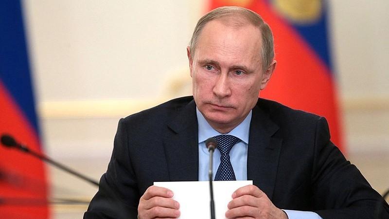 В.Путин одобрил списание Кыргызстану $240 млн долга