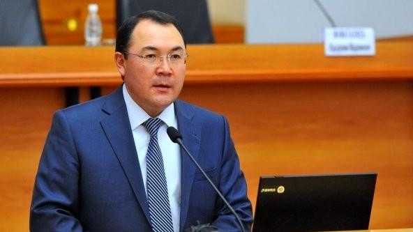 Премьер направил представление об освобождении рукаппарата правительства Нурханбека Момуналиева от должности