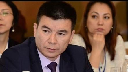 Депутат: Глава «Кыргызтелекома» М.Каратаев состоит в совете директоров «НЭСК», «Северэлектро», «Востокэлектро» и «Электрические станции», он незаменимый кадр?