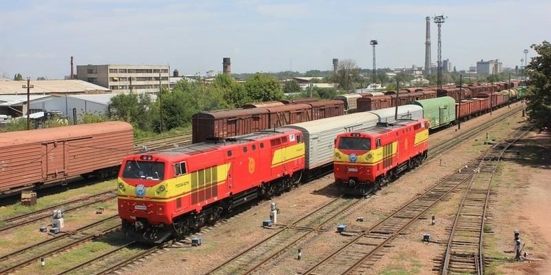 С 1 декабря 2017 года Казахстан обязуется принимать унифицированный железнодорожный тариф за транзит грузов КР