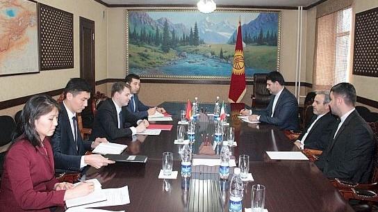 Посол Ирана в Кыргызстане А.Рузбехани предложил обмениваться информацией о продукции, производимой в двух странах, для развития торговли