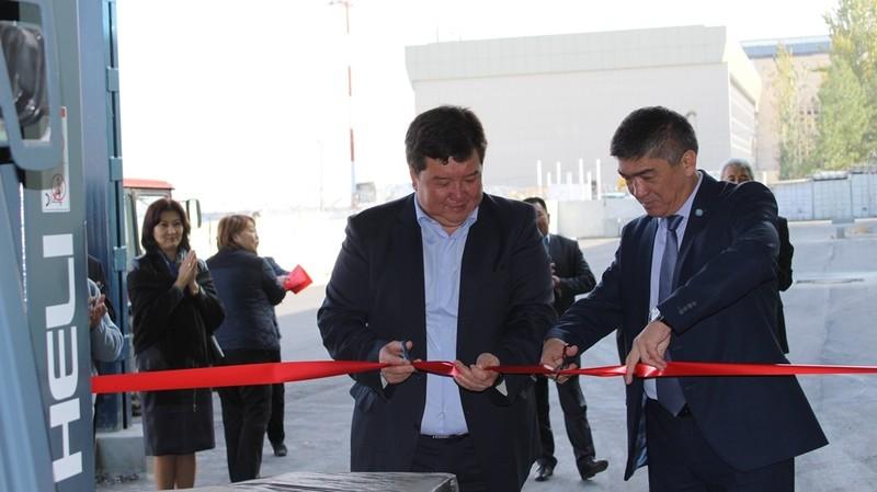 Фото — ОАО «МАМ» и ЗАО «КММ» запустили работу экспортного терминала Воздушного-грузового центра