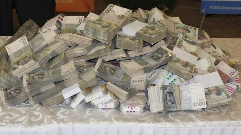 За 15 лет в Кыргызстане объем денежной массы вырос в 11,8 раза