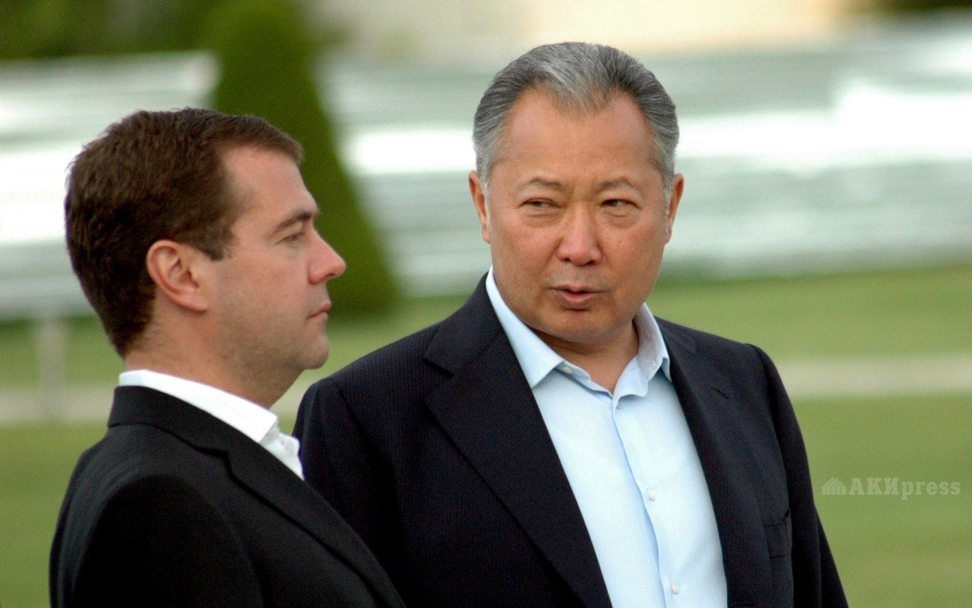 Дмитрий Медведев и Курманбек Бакиев в июле 2009 года