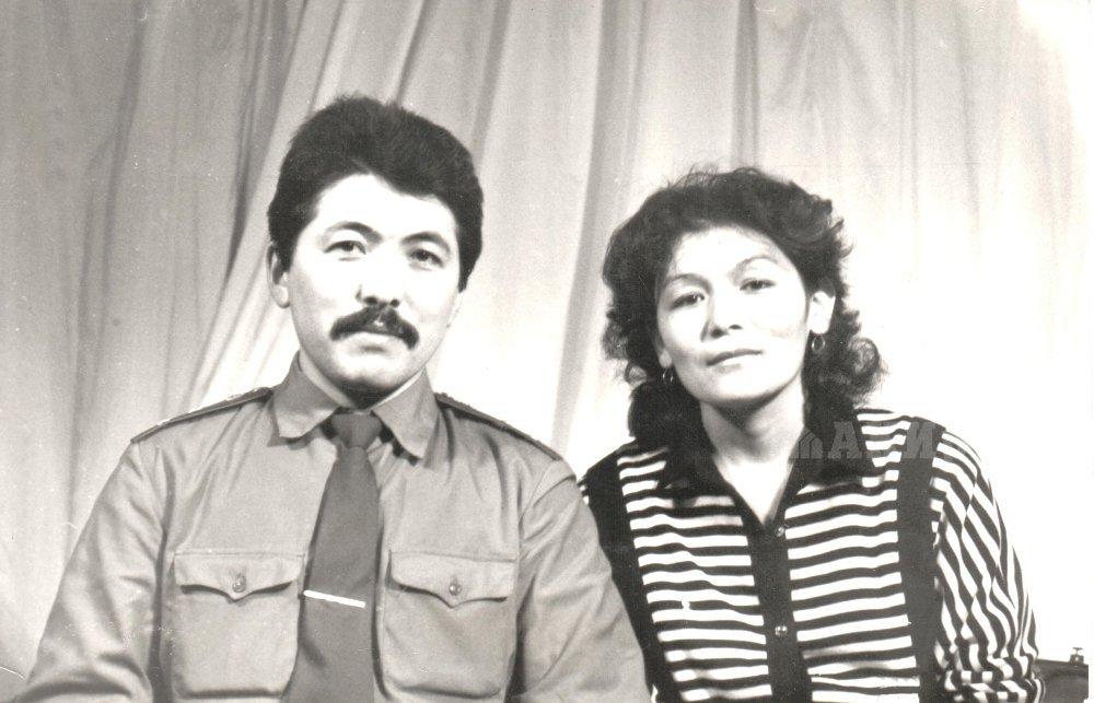 Министр А. Касымалиев и жена Касымалиева Замира