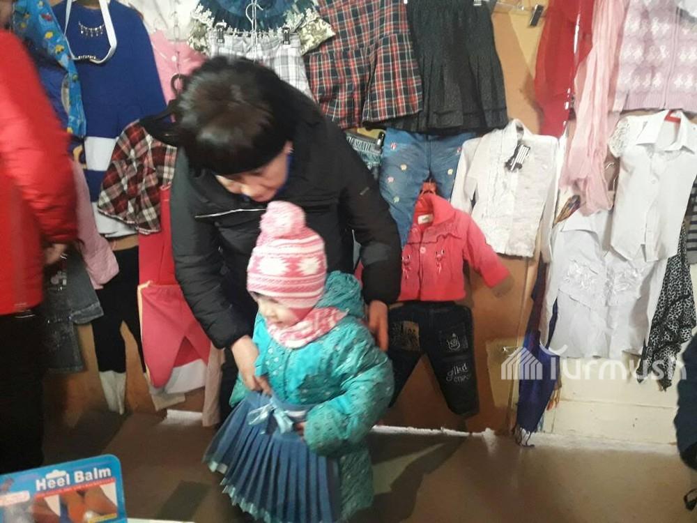 Turmush  В Чолпон-Ате открыли магазин, где нуждающимся бесплатно ... 317b1a233bf