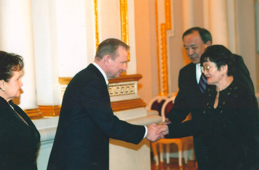 Эсенгул Омуралиев. Встреча с президентом Украины Леонидом Кучмой.