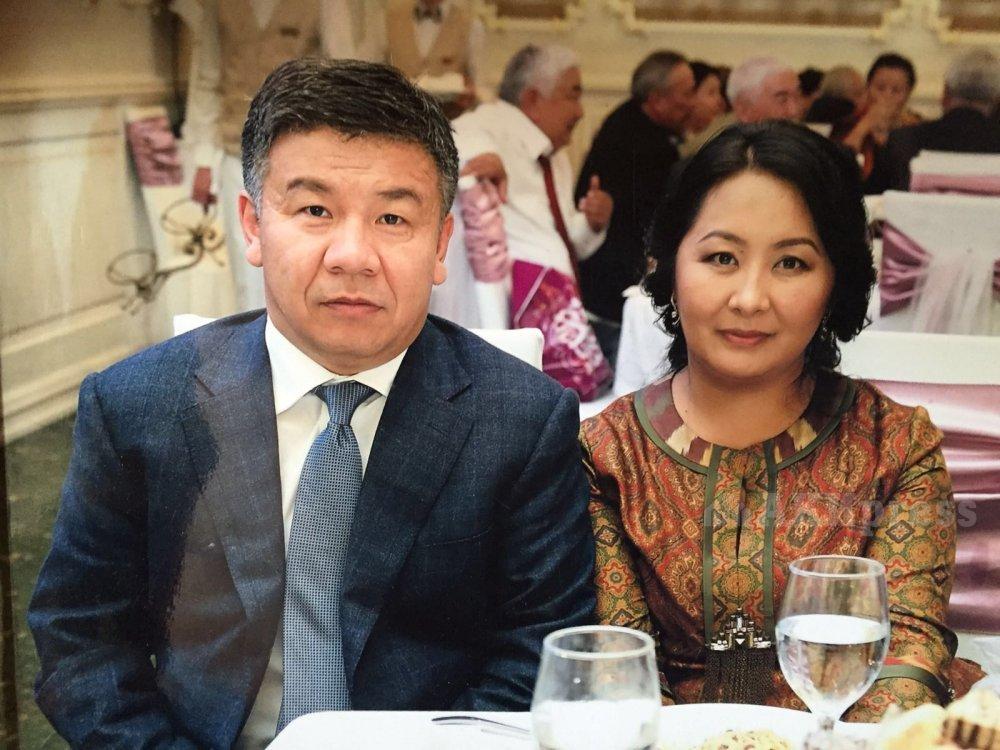 А.Шыкмаматов с супругой Жанар