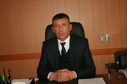 Нариман айыл өкмөтүнүн башчысы Улугбек Рахманов
