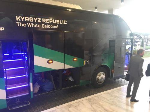 Автобус сборной1