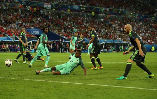 Португалия - Уэльс14