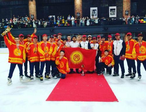 Сборная КР по хоккею