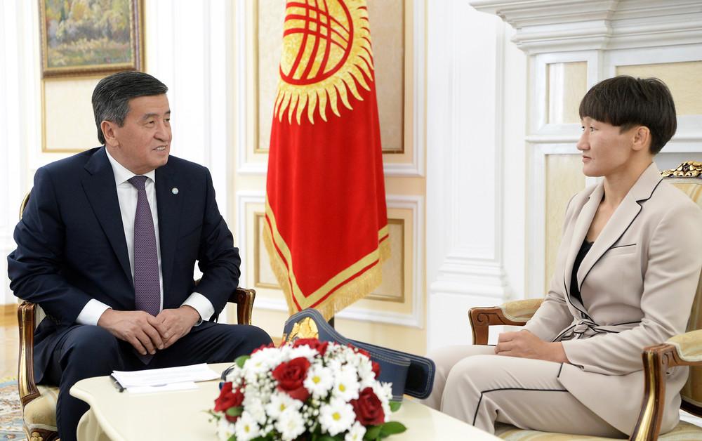 Сооронбай Жээнбеков, Айсулуу Тыныбекова