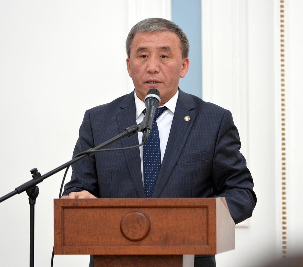 Министр сельского хозяйства и мелиорации Эркинбек Чодуев