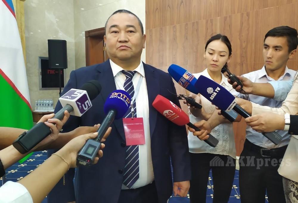 Асхат Акибаев