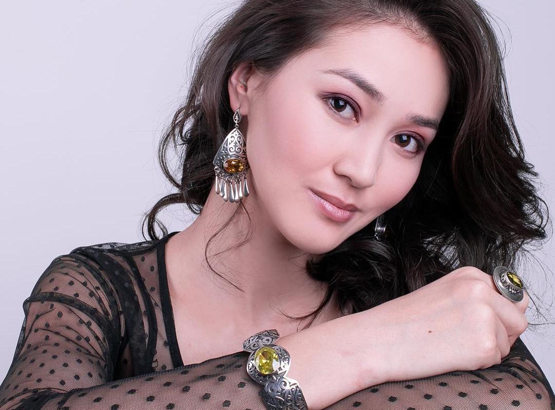 загрузить фото кыргызки каждой фотографии